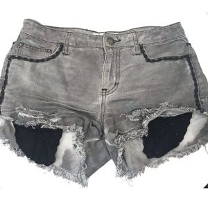 Free People Size 26 Gray Frayed Shorts w Lace